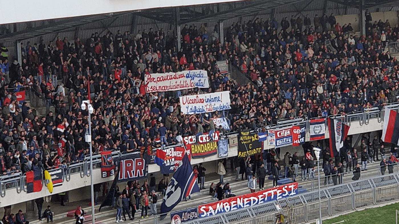 Striscione Samb-Vicenza